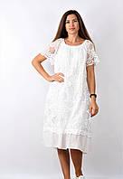 Женское платье белого цвета за колено с нашитым кружевным узором, размер L/XL, арт. 7344