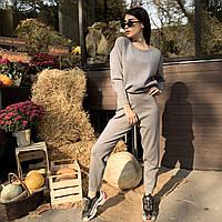 Жіночий повсякденний теплий костюм двійка світло-сірого кольору зі стразами (28263)