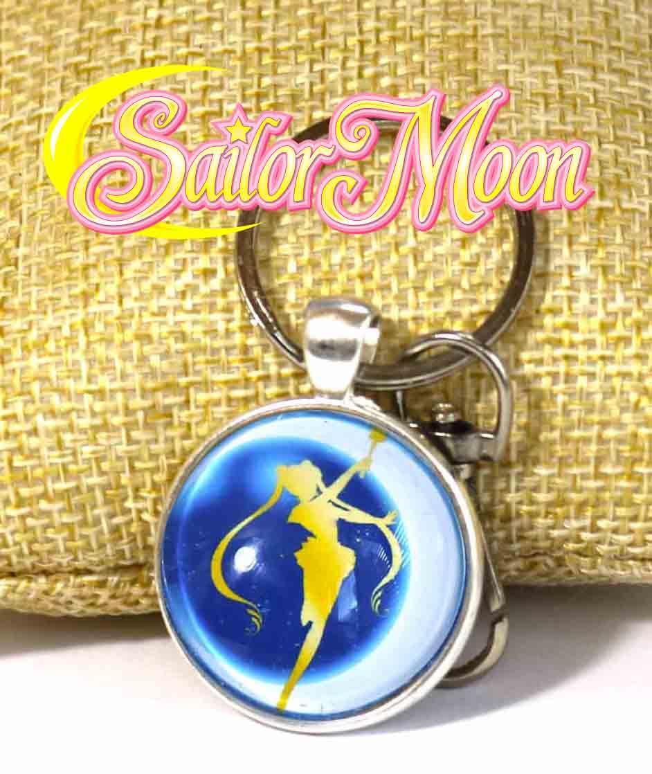 Брелок с силуэтом на синем фоне Сейлор Мун / Sailor Moon