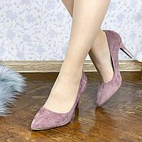 Замшевые туфли на шпильке 38