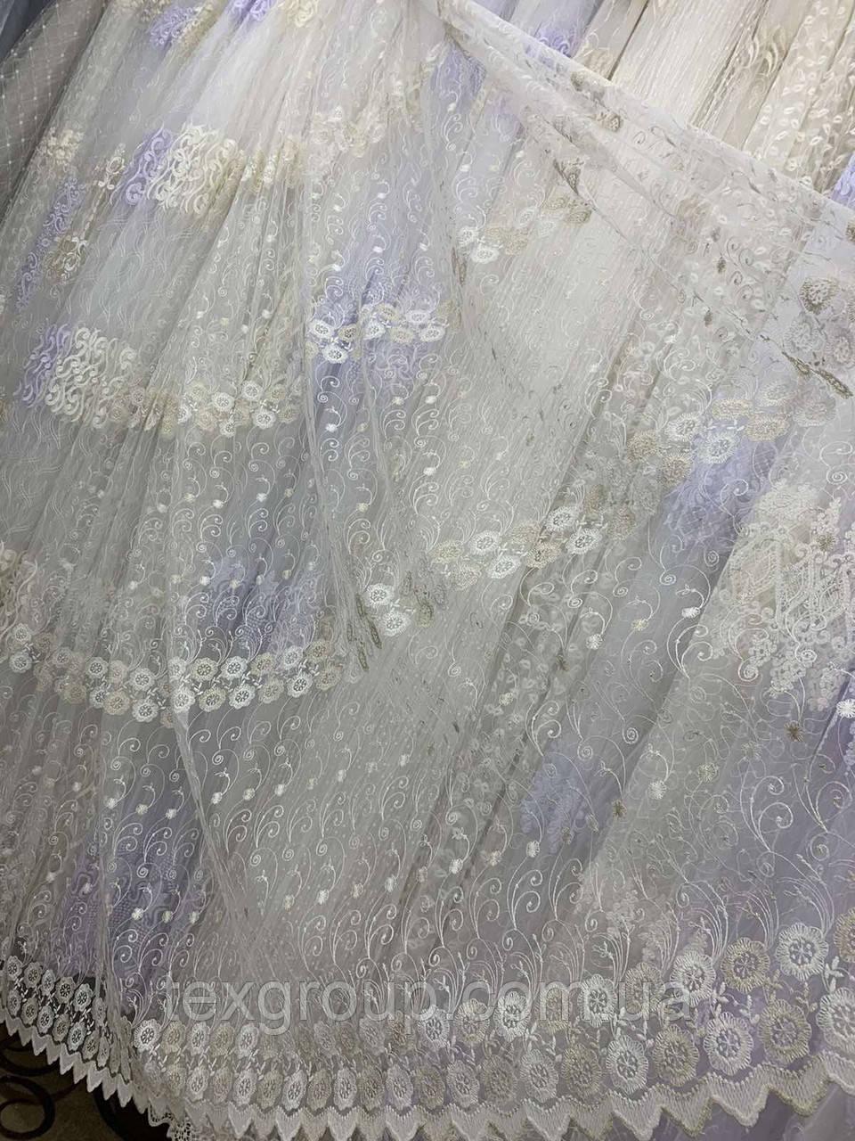 Фатиновая тюль с нежной вышивкой IST-0017