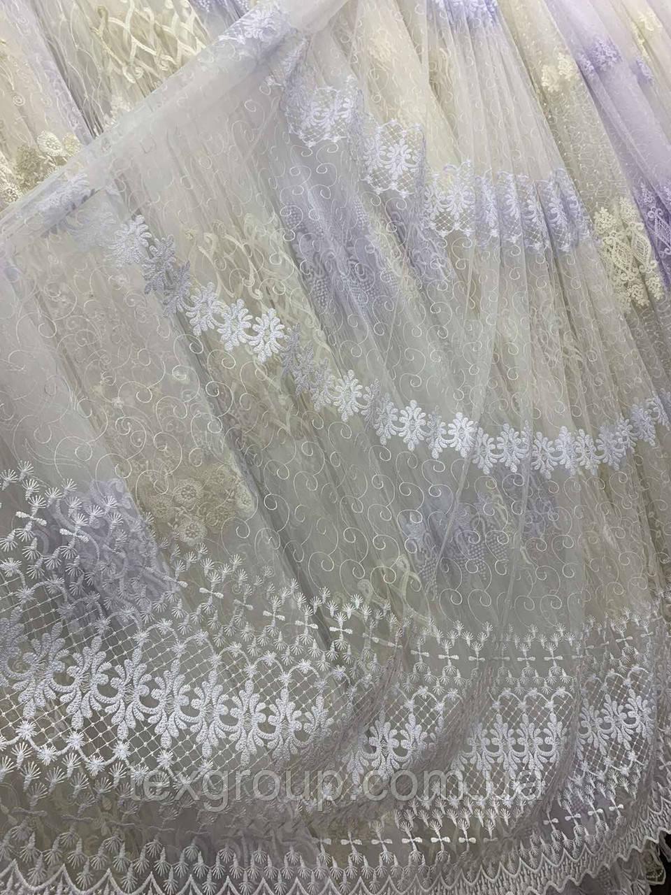 Фатиновая тюль с нежной вышивкой IST-1118 белая