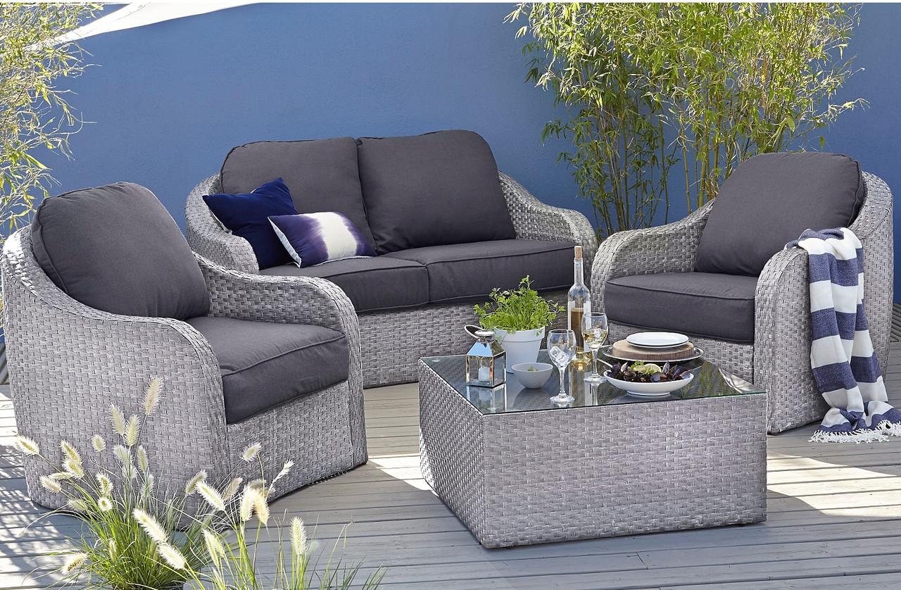 Набор садовой мебели из ротанга Borneo 4 Piece Conversation Sofa Set -