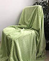 Двуспальное велюровое покрывало светло-зеленое