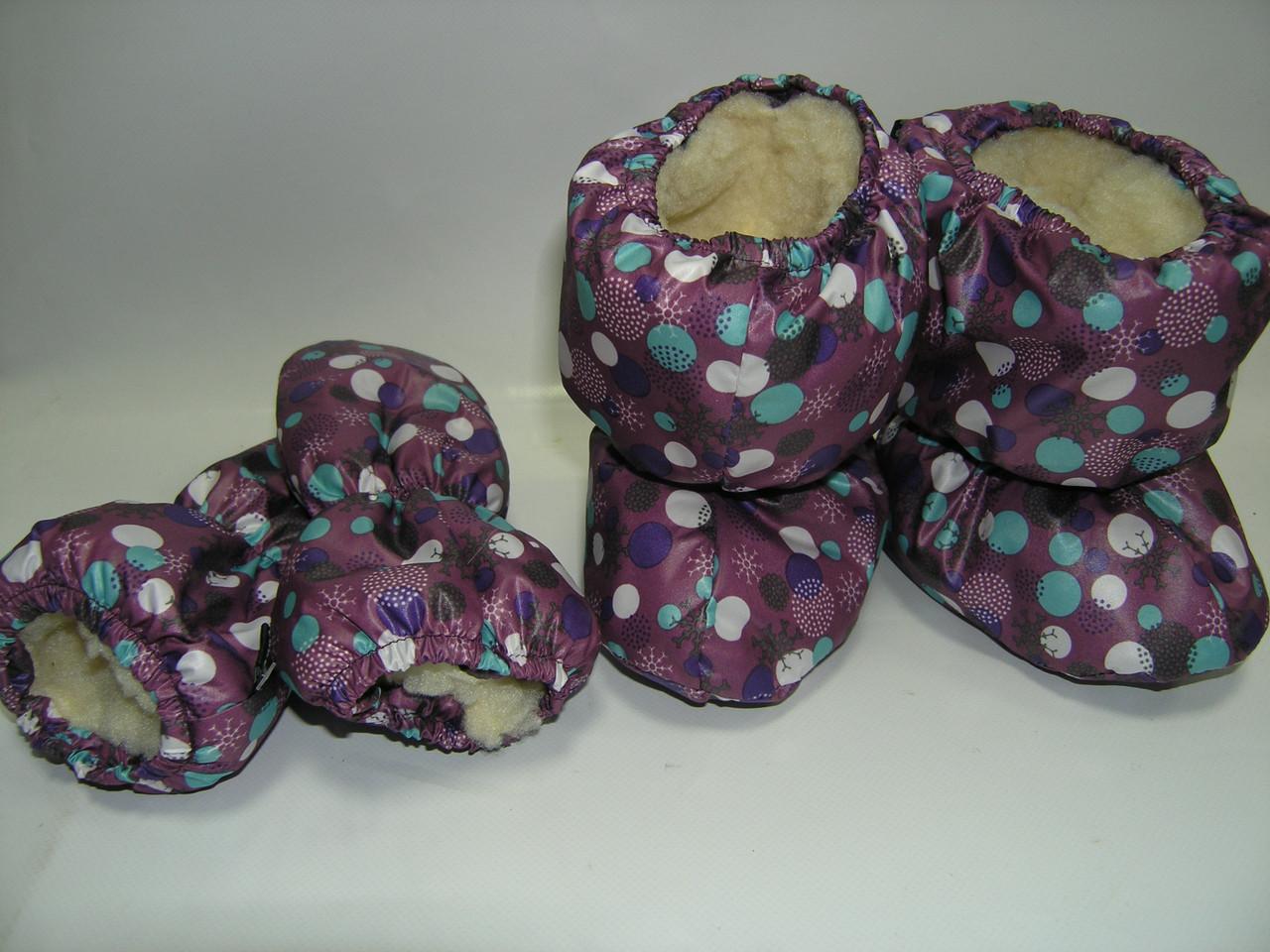 Сапожки и варежки на меху фиолетовые в горошек