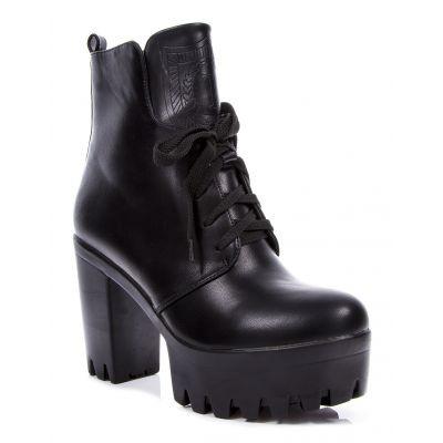 Женские ботинки на платформе с каблуком
