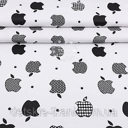 """Тканина полікотон """"Чорні яблучка Apple"""" на білому тлі, ширина 220 см"""