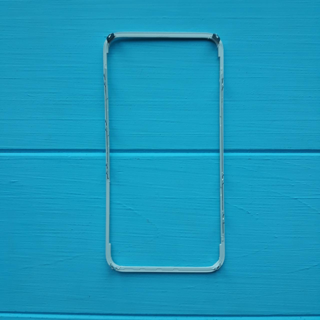 Рамка крепления дисплейного модуля Apple iPhone 4S White