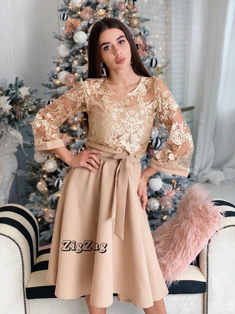 Платье миди с кружевом