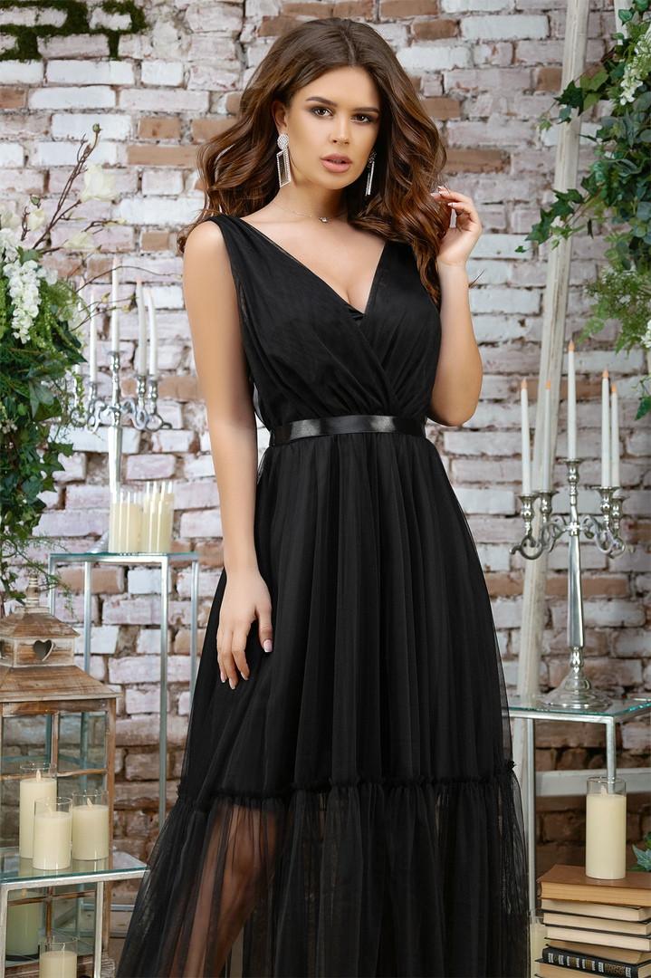 Женское вечернее красивое платье разных цветов