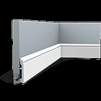 Плинтус напольный белый Орак Декор SX173