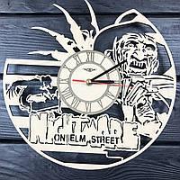 Оригинальные настенные часы 7Arts из дерева Фредди Крюгер CL-0390, КОД: 1474571