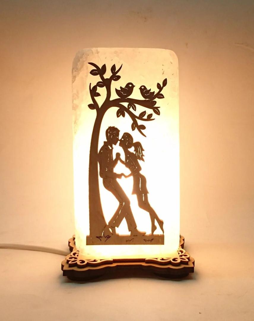 Соляной светильник прямоугольник Пара под деревом
