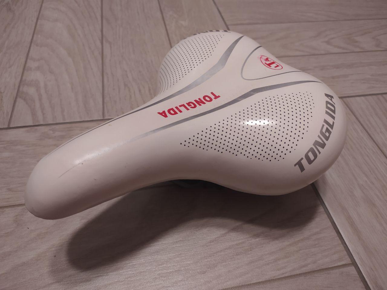 Удобное велосипедное седло Тonglida, белое (велоседло, сидушка)