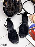 Жіночі шикарні босоніжки, сандалі з висюлькой з натуральної шкіри, багато квітів, фото 7