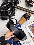 Жіночі шикарні босоніжки, сандалі з висюлькой з натуральної шкіри, багато квітів, фото 9