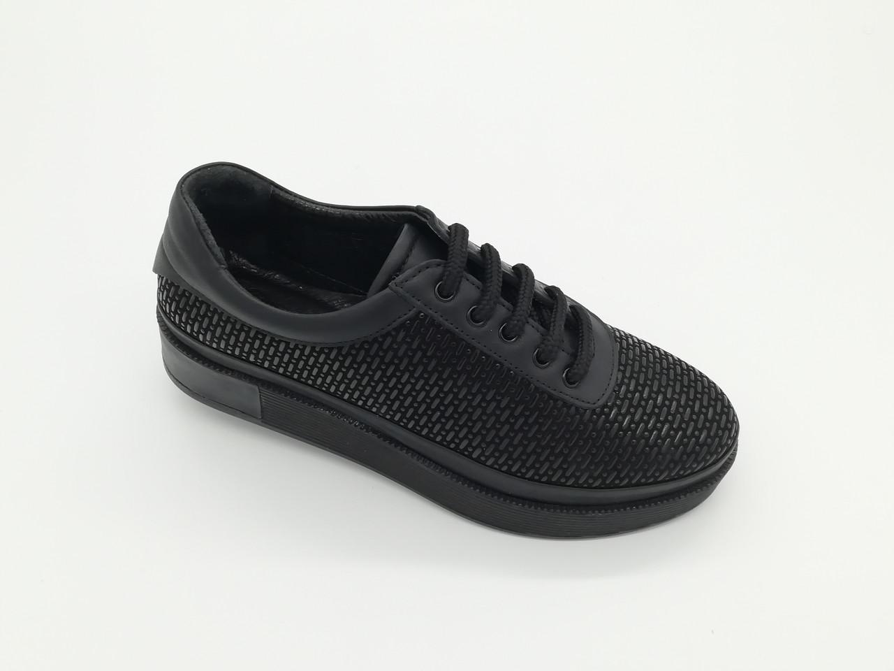 Туфлі Туреччина. Маленькі розміри (33 - 35 ).