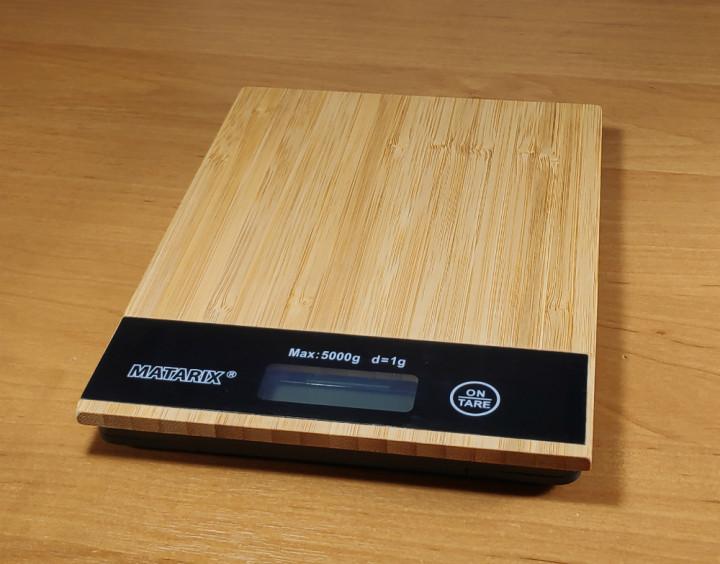 Кухонні ваги з дерева Німеччина до 5 кг з батарейки в подарунок