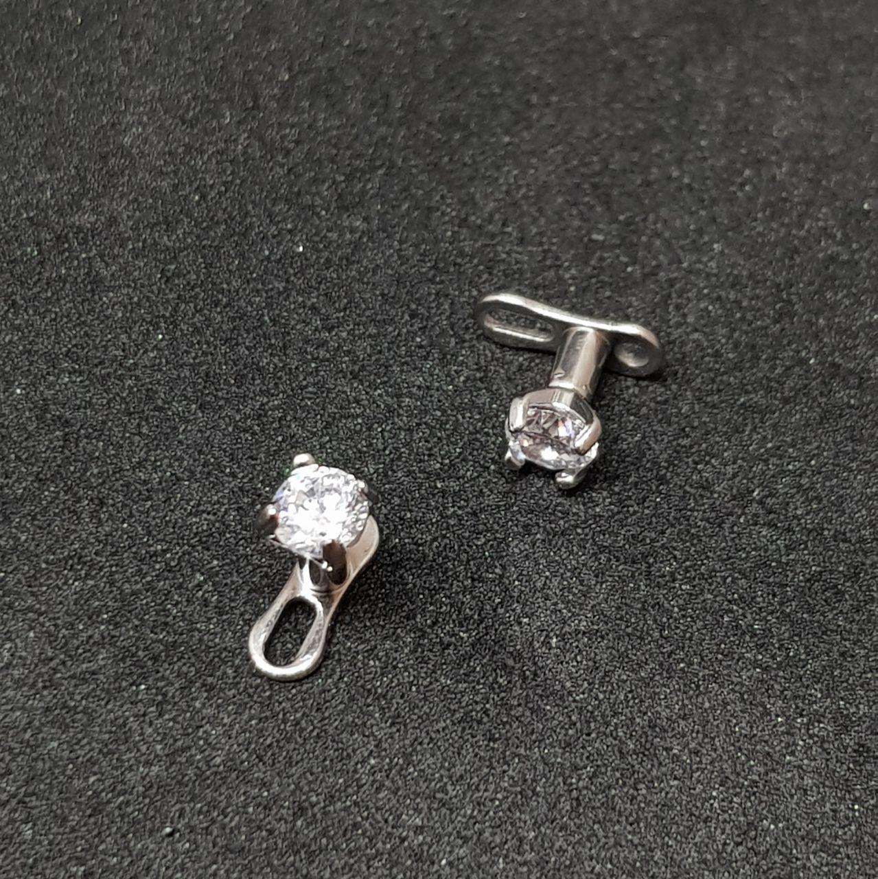 Микродермалы титановые с белым камнем (диаметр камня 3 мм)