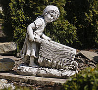 Садовая фигура для сада Девушка с тележкой 45*24*51cm