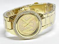 Часы на браслете mk 453