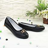 Женские кожаные черные туфли-балетки, декорированы бантиком, фото 3