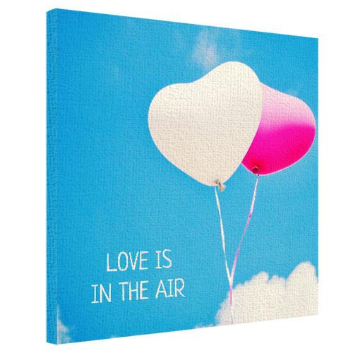 Картина на холсте 50х50 Love is in the air (H5050_LV069)
