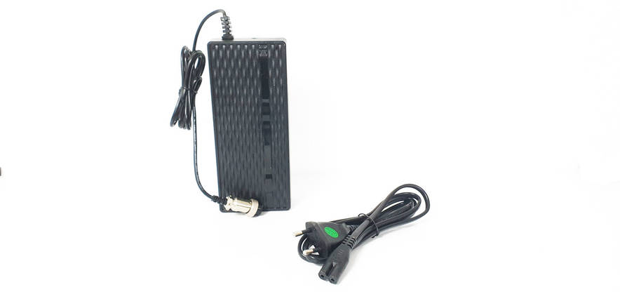 Стандартний зарядний пристрій 2А для моноколеса KingSong, фото 2