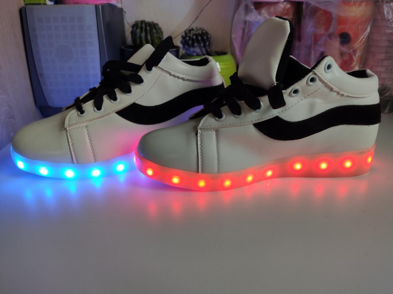 Кросівки Супер Хіт з підсвіткою підошви, LED 38-й розмір
