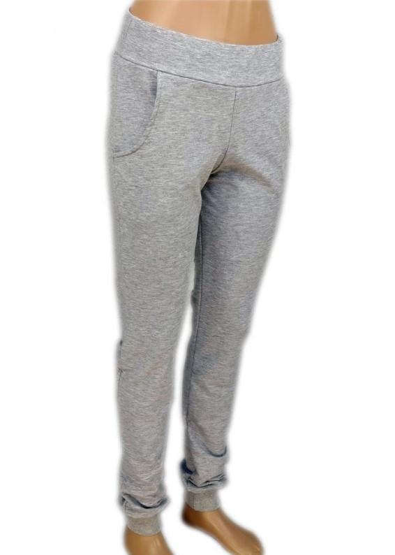 Спортивные штаны женские трикотажные на манжетах, серые
