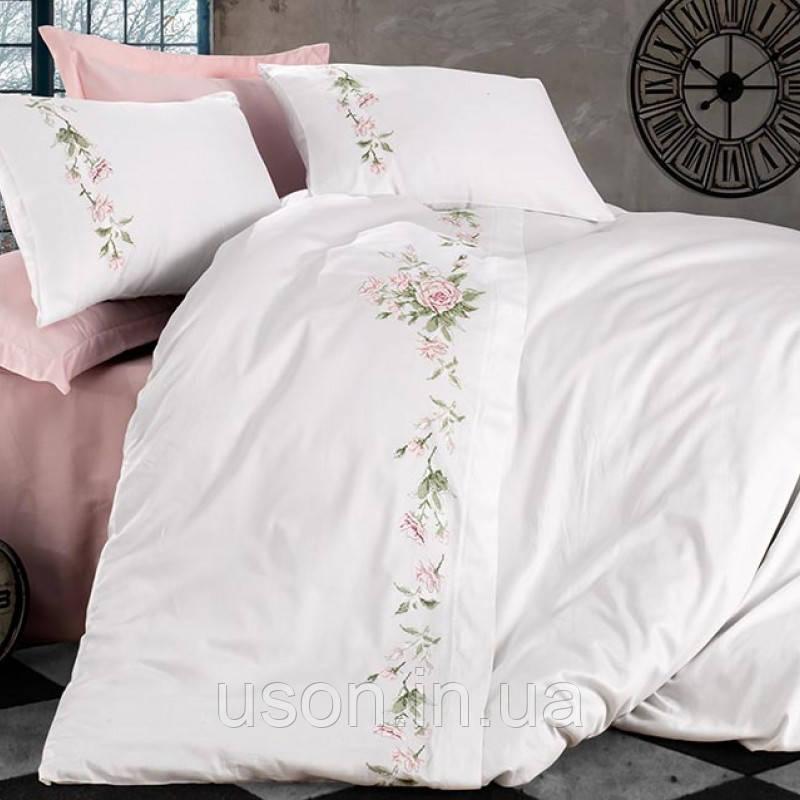 Комплект постельного белья сатин люкс c вышивкой семейный размер Dantela Vita Lara krem