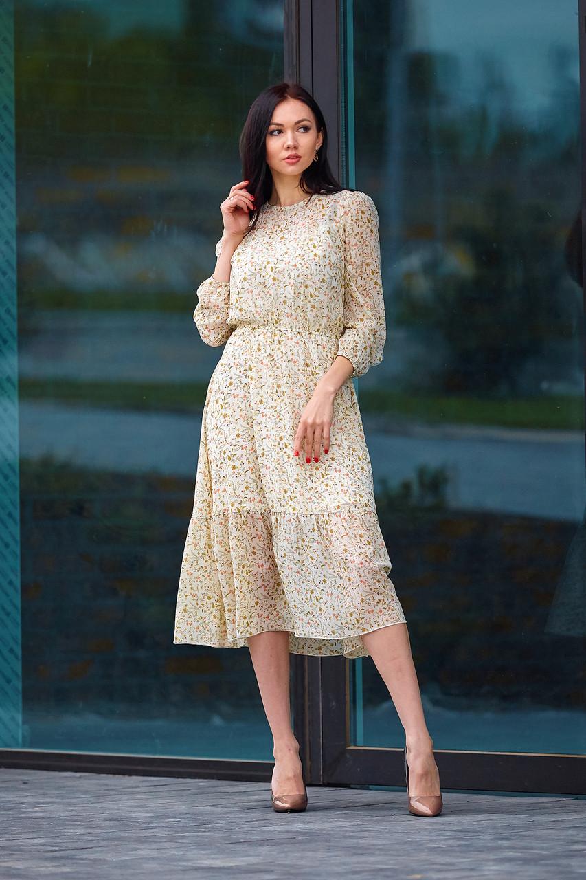 Шифоновое платье с цветочным принтом молочное