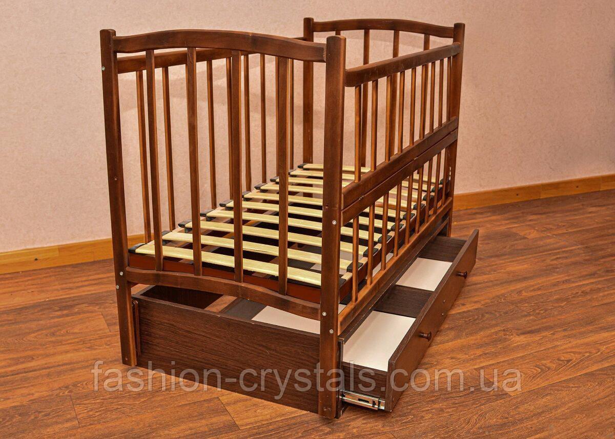 Детская деревянная кроватка с маятником Комфорт