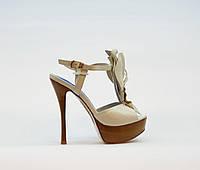 Босоножки женские из натуральной кожи на высоком каблуке шпилька и платформе белые, фото 1