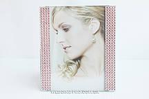 Красива рамка для фото з рожевими стразами 10х15