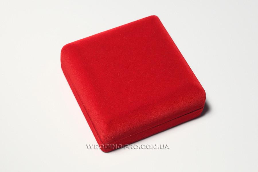 Коробочка для браслета или часов красная бархатная, 59 грн.