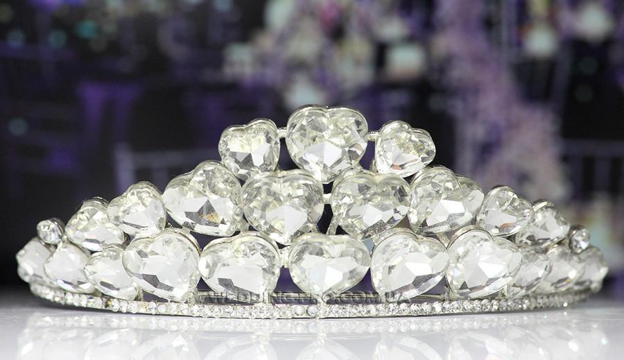 Діадема на весілля з великими каменями у вигляді серця