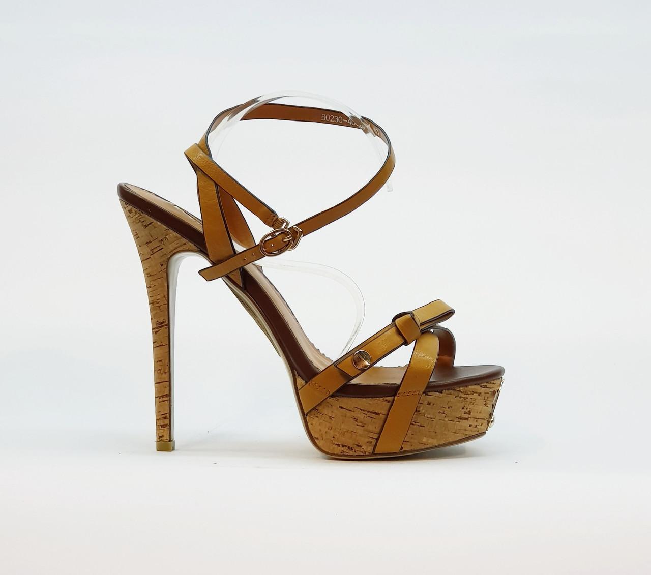 Босоножки женские из натуральной кожи на высоком каблуке шпилька и платформе коричневые 40