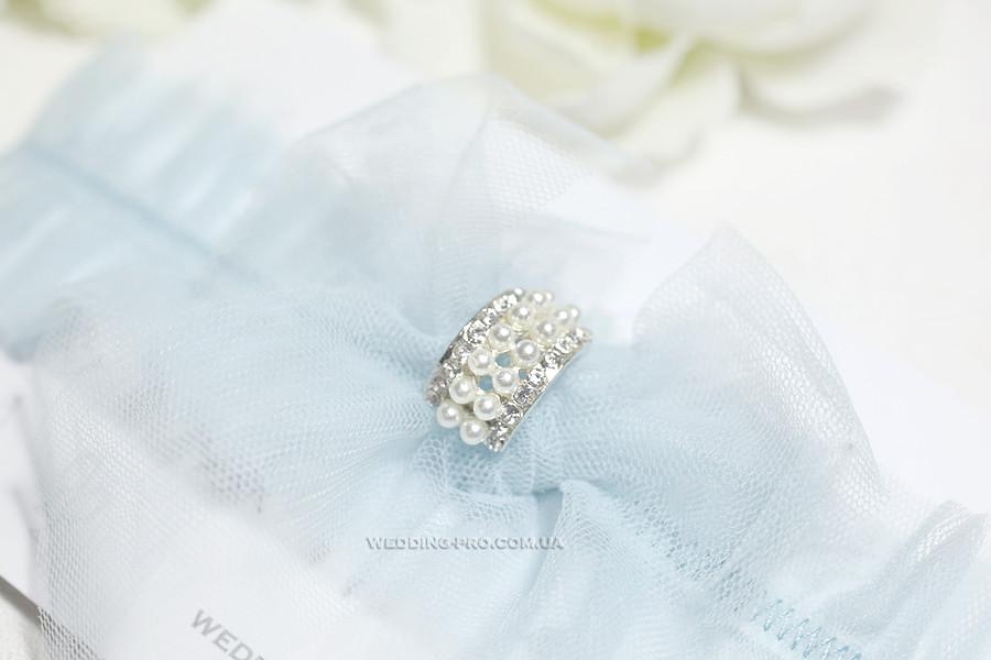 """Подвязка для свадьбу """"Воздушная"""" с брошью цвета полынь"""