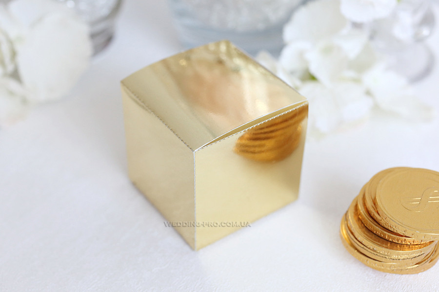 "Коробочка ""Куб"" золото"
