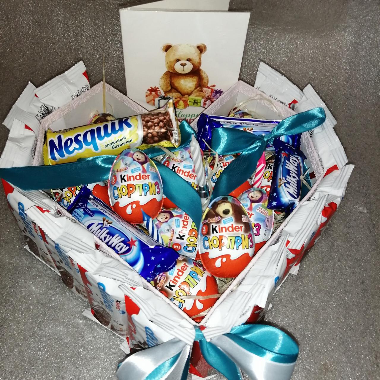 Коробка подарункова Торт-сюрприз з кіндер-шоколадок Мілкі Вей