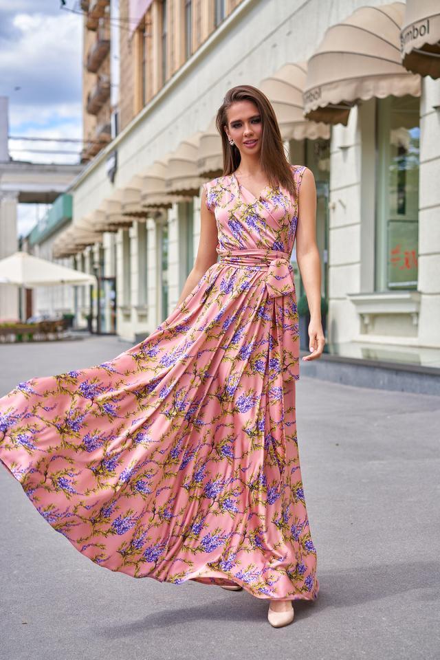 Довге літнє плаття в підлогу з шовку з квітковим принтом мерехтливої кольору