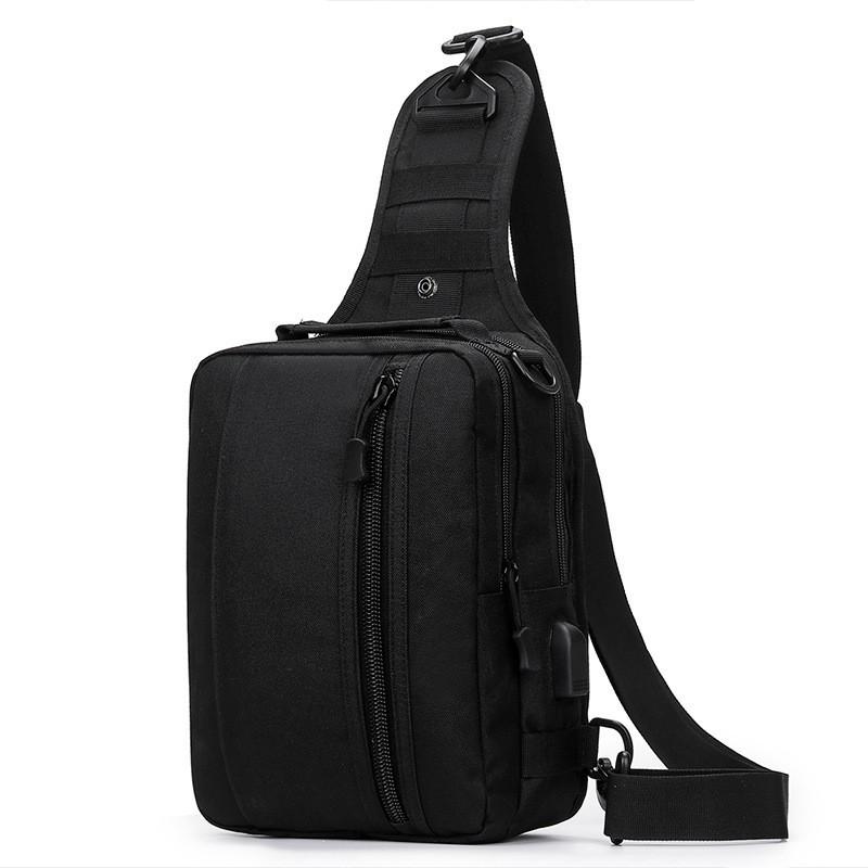 Черная тактическая сумка-рюкзак, барсетка на одной лямке + USB выход. T0445