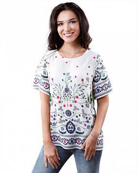 Біла жіноча футболка з вишивкою (розміри XS-XL)