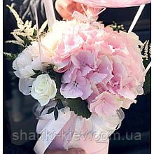"""Букет в коробочке с цветами и гортензией  """"С Днем Рождения"""" с шаром Баблс"""