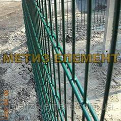 """Секційний паркан """"МЕДІУМ"""" H-1070 Ø-4/4 (секц. 1000х2500 яч. 200х60, ст. L-1500, кр. 2)"""