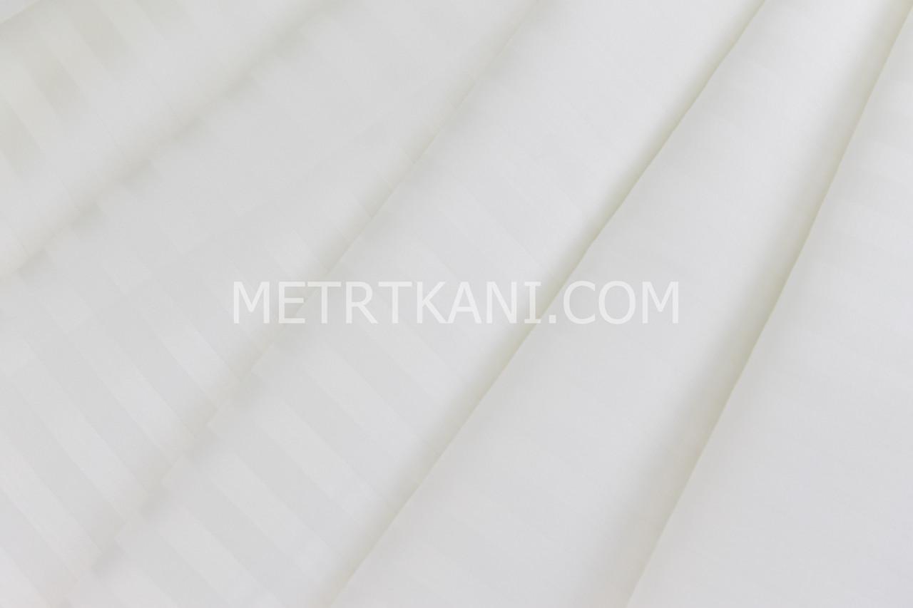 Лоскуток. Страйп сатин цвет айвори полоска 1*1 см  ширина 240 см № VS-22212.  68*95 см