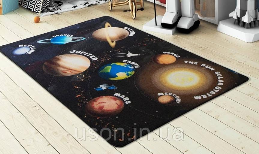 Напольный коврик в детскую комнату Confetti 100*150 Planets черный