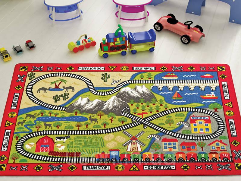 Напольный коврик в детскую комнату Confetti 100*150 Railway красный