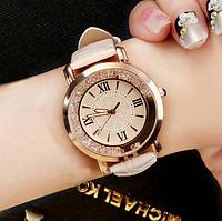 Часы женские очень красивые 4 цвета